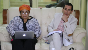 Yimmi Chamorro con Victoria Sandino, a la que ignora en su post sobre la reunión.